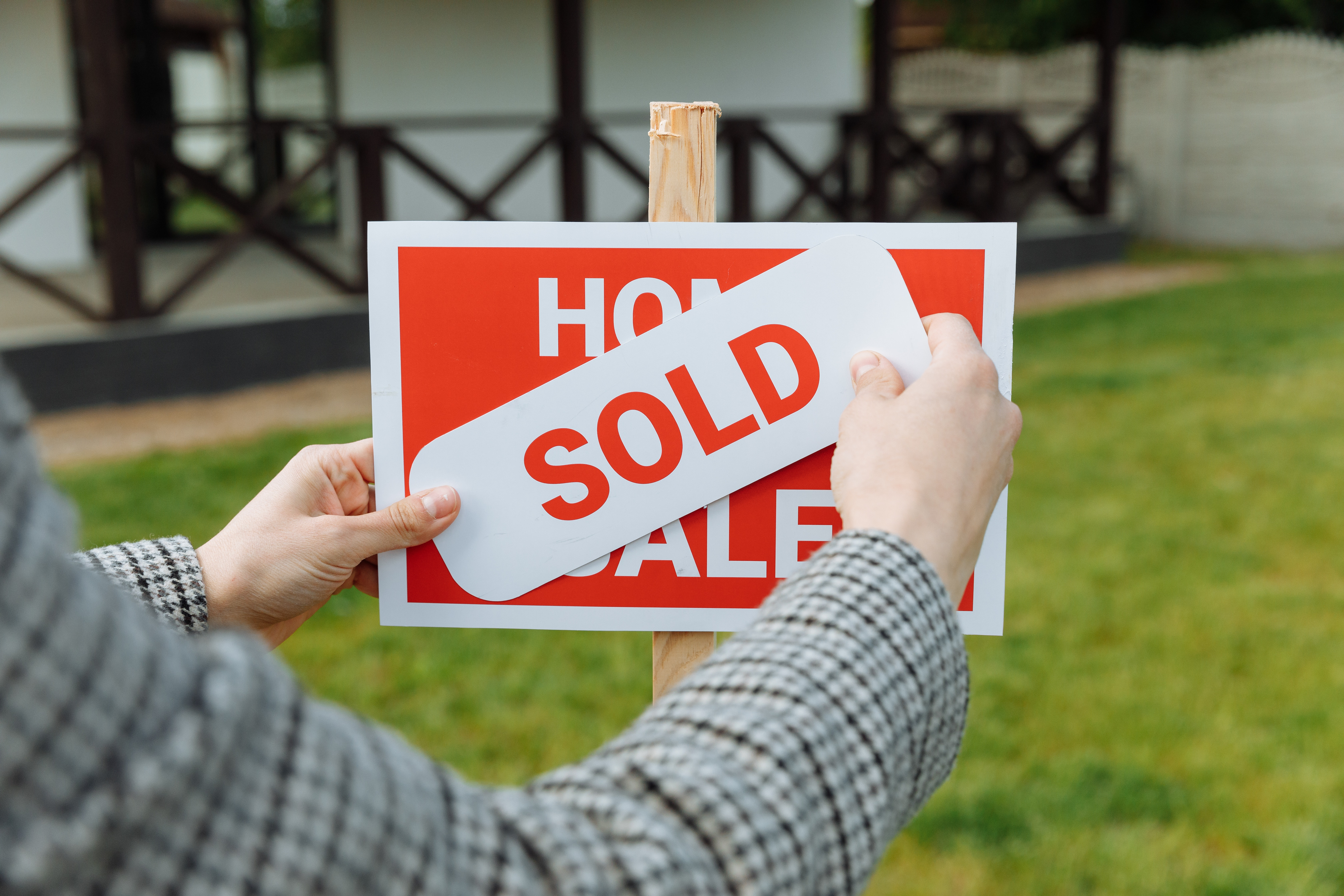 Tips for Writing a Real Estate Agent Business Plan